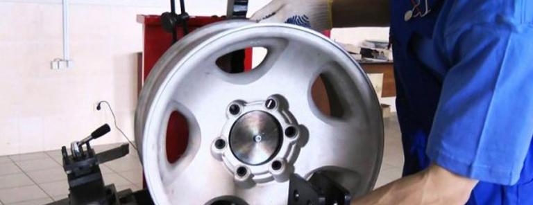 Как выполняется правка литых дисков